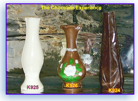 Vases made in chocolate